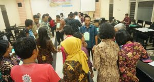 Membangun Pendidikan Perdamaian Di Sekolah